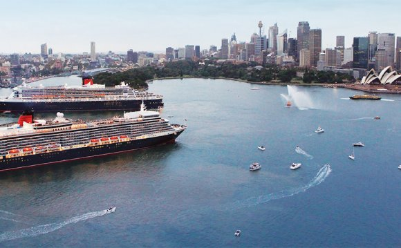 10th Anniversary of Queen Mary