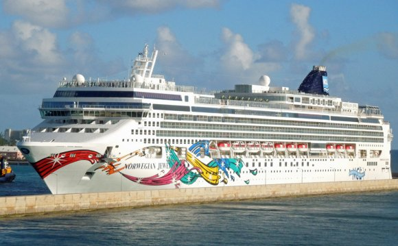 Picture Norwegian Jewel cruise