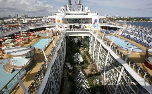 Newest cruise ship Oasis